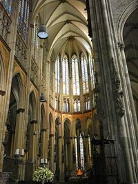 Choir And Altar Of Cologne Cathedral Note The Soaring Verticality Rayonnant Gothic Style Architectural
