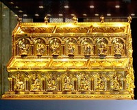 Cologne Cathedral This Is Cathedrals Most Famous Work Of Art Created By Goldsmith Nicholas Verdun It Said To Hold The Relics